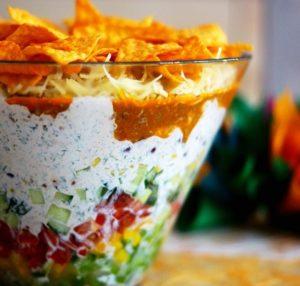 Salade verte aux nacho